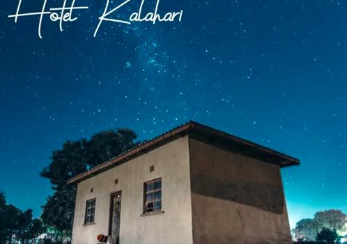 OFITOKWA – Hotel Kalahari EP ·