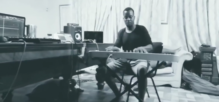 Watch Flex The Ninja, Juz Beatz, Sandi in some dope sessions